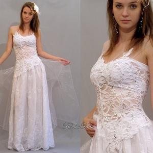 REBECCA - menyasszonyi csipkeruha , Esküvő, Ruha, Menyasszonyi ruha, Szépséges és kényelmes: Egy tündéres darab különleges elasztikus flitteres csipkéből, hímzett- és üv..., Meska
