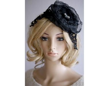 GOTH-LOLITA - artsy fejdísz / fekete rózsa fascinator, Ruha & Divat, Hajdísz & Hajcsat, Hajdísz, Varrás, Különleges fej-ékszereimet vintage megjelenésű öltözeteim stílusos kiegészítőiként ajánlom!\n\nEz az e..., Meska