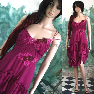 PÜNKÖSDI-RÓZSA - design ruha, menyecske ruha, Alkalmi ruha & Estélyi ruha, Női ruha, Ruha & Divat, Varrás, Különleges, finom gyöngyös-díszítésű, hernyóselyemből készült püspöklila alkalmi modellem.\n\nMenyecsk..., Meska
