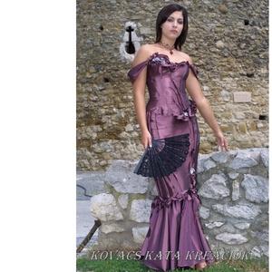 LUDMILLA - romantikus exkluzív báli-ruha, alternatív menyasszonyi ruha, Ruha & Divat, Női ruha, Alkalmi ruha & Estélyi ruha, Varrás, Ezt a különleges modellem akár második esküvődre is felveheted!\nGazdagon díszített kényelmes halcson..., Meska