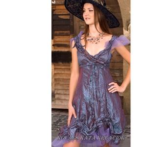 ZSENIKE - romantikus  gyűrt taft design koktélruha, Ruha & Divat, Női ruha, Alkalmi ruha & Estélyi ruha, Varrás, Lilás-kékes árnyalatú, különleges gyűrt taftból készült ez a romantikus, csini modellem.\n\nMérete: S ..., Meska