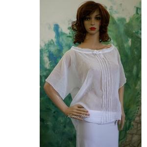 ZITA - gyűrt-muszlin-blúz, Ruha & Divat, Női ruha, Blúz, Könnyű, áttetsző blúzocska gyűrt fehér muszlinból. Elöl-hátul piékkel, szalaggal állítható nyakkörre..., Meska