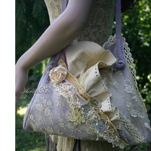 LILA ÁBRÁND - art to wear csipkés alkalmi filctáka, Táska & Tok, Kézitáska & válltáska, Válltáska, Varrás, Festett tárgyak, Meska