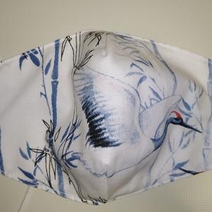 Szájmaszk-Kék madaras mintával- Normál méretű 2 rétegű, Maszk, Arcmaszk, Női, Varrás, Mindenmás, Normál méretű 2 rétegű pamutvászonból készült szájmaszk.\nKényelmes viseletet biztosít az archoz igaz..., Meska