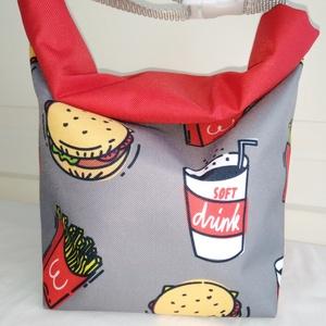 Hamburgeres-szürke-piros-Vízálló uzsonnás tasak kézben vihető-PUL béléssel, Táska & Tok, Uzsonna- & Ebéd tartó, Ebéd tasak, doboz, Varrás, Mindenmás, Kívűl vízhatlan anyagból, belűl PUL béléssel készült.\nNem kell a táskánkba pakolni az uzsonnát, ebéd..., Meska
