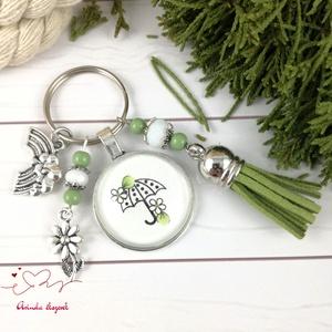 Esőben is vidáman zöld bojtos üveglencsés kulcstartó táskadísz bojtos nyár mikulás karácsony szülinap névnap ajándék , Táska, Divat & Szépség, Kulcstartó, táskadísz, Otthon & lakás, Egyéb, Ékszerkészítés, Gyöngyfűzés, gyöngyhímzés, Zöld és fehér gyöngyökből, pöttyös esernyős mintával díszített üveglencsés kabosonból, virág medálbó..., Meska