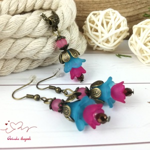 Tavaszi virágok kék pink virágos nyaklánc fülbevaló szett - Meska.hu
