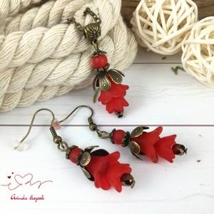 Tavaszi virágok piros virágos nyaklánc fülbevaló szett - Meska.hu
