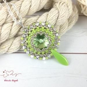 Csillogó álmok világoszöld swarovski nyaklánc egyedi kristály esküvő alkalmi koszorúslány örömanya menyasszony násznagy - Meska.hu