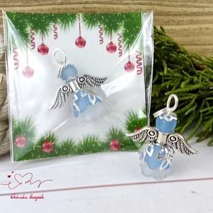 Nyugalom kék angyal 5 darabos csomag pedagógus karácsony mikulás szülinap névnap medál ajándékkísérő, Karácsony & Mikulás, Karácsonyi dekoráció, Ékszerkészítés, Gyöngyfűzés, gyöngyhímzés, 5 db kék angyalka akryl virágból, színben hozzá illő gyöngyből, filigrán gyöngykupakokból és tibeti ..., Meska