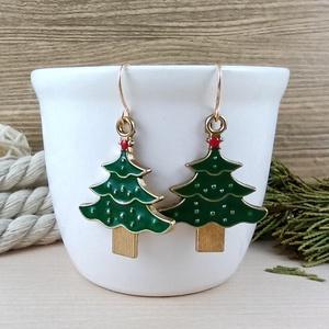 Fenyőfa karácsonyfa fülbevaló karácsonyra mikulásra télire adventi kalendáriumba nőnek lánynak, Ékszer, Fülbevaló, Lógós fülbevaló, Ékszerkészítés, Gyöngyfűzés, gyöngyhímzés, Vidám, karácsonyi hangulatú fülbevaló arany színű díszítéssel és fülbevalóalappal. \nTeljes hossza ak..., Meska