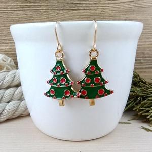 Fenyőfa karácsonyfa piros gömbökkel fülbevaló karácsonyra mikulásra télire adventi kalendáriumba nőnek lánynak, Ékszer, Fülbevaló, Lógós fülbevaló, Ékszerkészítés, Gyöngyfűzés, gyöngyhímzés, Vidám, karácsonyi hangulatú fülbevaló arany színű díszítéssel és fülbevalóalappal. \nTeljes hossza ak..., Meska