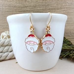 Mikulás fülbevaló karácsonyra mikulásra télire adventi kalendáriumba nőnek lánynak, Ékszer, Fülbevaló, Lógós fülbevaló, Ékszerkészítés, Gyöngyfűzés, gyöngyhímzés, Vidám, karácsonyi hangulatú fülbevaló arany színű díszítéssel és fülbevalóalappal. \nTeljes hossza ak..., Meska