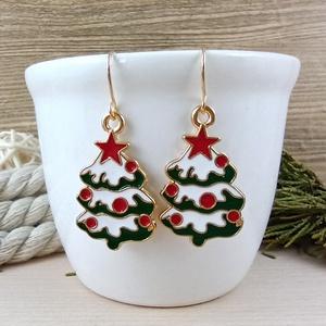 Karácsonyfa fülbevaló karácsonyra mikulásra télire adventi kalendáriumba nőnek lánynak, Ékszer, Fülbevaló, Lógós fülbevaló, Ékszerkészítés, Gyöngyfűzés, gyöngyhímzés, Vidám, karácsonyi hangulatú fülbevaló arany színű díszítéssel és fülbevalóalappal. \nTeljes hossza ak..., Meska