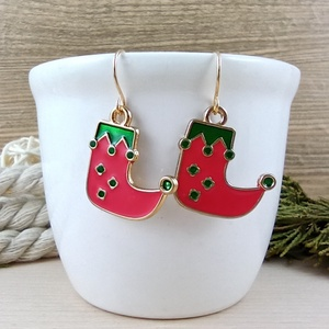 Csizma fülbevaló karácsonyra mikulásra télire adventi kalendáriumba nőnek lánynak, Ékszer, Fülbevaló, Lógós fülbevaló, Ékszerkészítés, Gyöngyfűzés, gyöngyhímzés, Vidám, karácsonyi hangulatú fülbevaló arany színű díszítéssel és fülbevalóalappal. \nTeljes hossza ak..., Meska