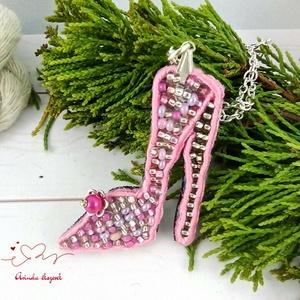 Rózsaszín tűsarkú sujtás nyaklánc acél lánccal esküvő alkalmi koszorúslány örömanya násznagy ünnepi elegáns, Esküvő, Nyaklánc, Ékszer, Ékszerkészítés, Gyöngyfűzés, gyöngyhímzés, Meska