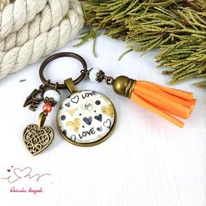 Love feliratos narancs bojtos üveglencsés kulcstartó táskadísz bojtos nyár mikulás karácsony szülinap névnap ajándék , Táska & Tok, Kulcstartó & Táskadísz, Ékszerkészítés, Gyöngyfűzés, gyöngyhímzés, Meska