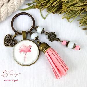 Csini flamingó rózsaszín bojtos üveglencsés kulcstartó táskadísz bojtos nyár mikulás karácsony szülinap névnap ajándék , Táska & Tok, Táskadísz, Kulcstartó & Táskadísz, Ékszerkészítés, Gyöngyfűzés, gyöngyhímzés, Meska
