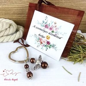 Barna angyalkás szív kulcstartó táskadísz ajándékcsomagolással anyák napja ballagás évzáró pedagógus karácsony szülinap - Meska.hu