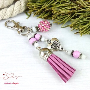Lilás rózsaszín bojtos kulcstartó táskadísz anyák napja ballagás évzáró pedagógus karácsony szülinap névnap  - Meska.hu
