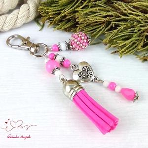 Pink bojtos kulcstartó táskadísz anyák napja ballagás évzáró pedagógus karácsony szülinap névnap  - Meska.hu