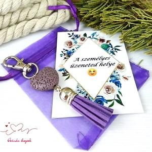 Lila illatosítható lávakő szív kulcstartó táskadísz ajándékcsomagolással  - Meska.hu