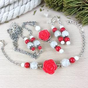 #30 piros rózsás szett nyaklánc fülbevaló karkötő vintage esküvő alkalmi koszorúslány örömanya menyasszony násznagy, Ékszer, Ékszerszett, Ékszerkészítés, Gyöngyfűzés, gyöngyhímzés, Meska