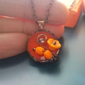 Mini narancssárga üvegékszer, Ékszer, Nyaklánc, Medál, Ékszerkészítés, Üvegművészet, Meska