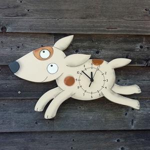 Futó kutya óra, Gyerek & játék, Gyerekszoba, 16 mm-es MDF-ből készült, kézzel festett, matt lakkal felületkezelt termék.  Mérete:  szélesség 500m..., Meska