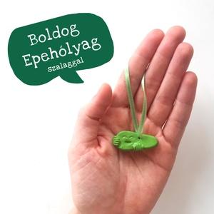 BOLDOG EPEHÓLYAG /  kerámia hűtőmágnes szalagos dísz / epe, máj, emésztés - Meska.hu