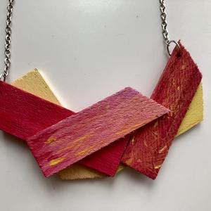 Alive, Ékszer, Nyaklánc, Festett tárgyak, Cirmos tulipán inspirálta, fából készült, kézzel festett nyaklánc, melyet feszített vászon rámaékek ..., Meska
