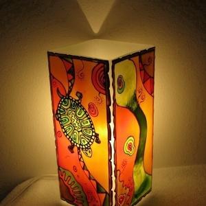 Teknős Meselámpa  - festett üveg hangulatlámpa, Lakberendezés, Otthon & lakás, Lámpa, Gyerek & játék, Üvegművészet, Festett tárgyak, Teknős Meselámpa  - festett üveg hangulatlámpa\n------------------------------------\nA teknősök szere..., Meska