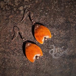 Tulipán formájú tűzzománc fülbevaló, nagy méretű, narancs, Ékszer, Fülbevaló, Ékszerkészítés, Tűzzománc, Tulipánformájú, domborított lemezből készült ékszerzománcos fülbevaló, melyet kis rézgömböcske egész..., Meska