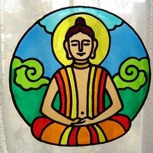 SZAKRÁLIS ablakdísz, üvegmatrica, MEDITÁLÓ BUDDHA, Dekoráció, Otthon & lakás, Dísz, Lakberendezés, Kép, Festett tárgyak, Festészet, SZAKRÁLIS ABLAKDÍSZ, ÜVEGMATRICA\nMEDITÁLÓ BUDDHA\n\nA meditáló Buddha a belső harmónia, a lelki béke, ..., Meska