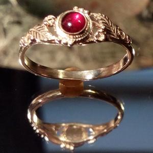 Leveles ,indás gránátos köves  ezüst  gyűrű, Ékszer, Szoliter gyűrű, Gyűrű, Ötvös, Ékszerkészítés, Meska