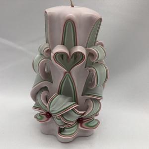 Romantic, Egyéb, Gyertya-, mécseskészítés, A képen látható faragott gyertya 12 cm-es.\nA  paraffint megfelelő hőmérsékletre kell hevíteni így ke..., Meska