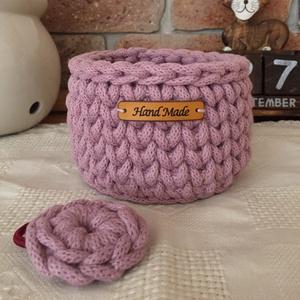 Dusty pink horgolt kosárka + hajgumi, Tárolókosár, Tárolás & Rendszerezés, Otthon & Lakás, Horgolás, A kosárka és a hajgumi prémium minőségű zsinórfonalból készült.\nAnyaga: Bobbiny 5 mm-es zsinórfonal,..., Meska