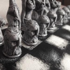 Kézzel faragott sakk készlet (avalone) - Meska.hu
