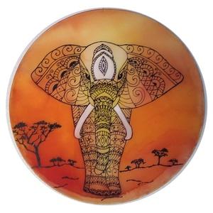 Elefántos selyemkép, Otthon & Lakás, Dekoráció, Kép & Falikép, Selyemfestés, 30 cm átmérőjű 100% hernyóselyemkép fémkeretre feszített. Elefántos motvíummal, naplementére emlékez..., Meska