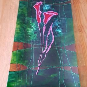 Kála üvegtál, Konyhai dísz, Konyhafelszerelés, Otthon & Lakás, Üvegművészet, 16,5x33 cm méretű üvegtálra festett kála. A kála a szépség virága. \nZöld hátteret festettem, amiből ..., Meska