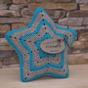 Horgolt csillag alakú párna (AZsHandcraft) - Meska.hu