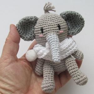 Adorján a kiselefánt - amigurumi elefánt - elefánt kabala, Gyerek & játék, Gyerekszoba, Játék, Baba játék, Adorján különleges szerencsehozó elefántgyerek. Az ormányát és a lábait  állíthatod, mert drót is va..., Meska