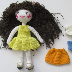 Flóra baba - amigurumi baba - horgolt baba - göndaörbababhorgolt baba ruhatárral - öltöztethető horgolt baba - játékbaba, Öltöztethető baba, Baba & babaház, Játék & Gyerek, Horgolás, Flóra baba egy igazi barátnő. Szeret kertészkedni, imádja a virágokat. Kedves, mosolygós, varázslato..., Meska