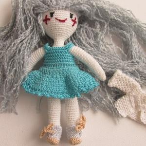 Yvonne a csillaglány - amigurumi baba - horgolt baba - öltöztethető horgolt baba - baba ruhatárral - ezüst hajú baba (Bababolt) - Meska.hu