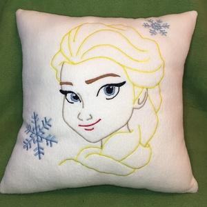 Elsa párna, Baba-mama-gyerek, Otthon, lakberendezés, Lakástextil, Párna, Varrás, Elsa párna polárból,töltővattával töltve.  Mérete: 37cm x 37cm Mosógépben 40 fokon mosható., Meska