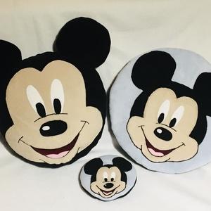 Mickey egeres párnaszett, Játék & Gyerek, Készségfejlesztő & Logikai játék, Varrás, A párnaszett tartalma:\n1db (tömött) díszpárna -mérete: d= 37cm\n1db ülőpárna (tömés nélkül)-átmérője:..., Meska