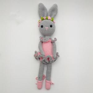 Boróka a balerina nyuszi, Gyerek & játék, Baba-mama kellék, Játék, Plüssállat, rongyjáték, Horgolás, Kézzel horgolt amigurumi nyuszi plüss állat rózsaszín balerina ruhában \n\nMéret: 38 cm, Meska