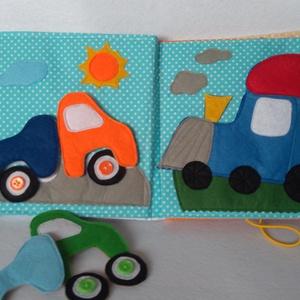Kisfiús autós, vonatos, textil kiskönyv. csendeskönyv, matató, foglalkoztató nemcsak fiúknak (Babam) - Meska.hu