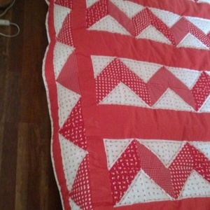 Óriási piros patchwork takaró, francia ágyra,  választható szín és minta kombináció (Babam) - Meska.hu