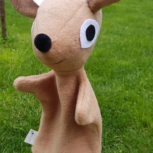 bambi, Gyerek & játék, Játék, Báb, Varrás, Kb:32cm magas, anyaga: antipiling, filcc és fonal. Nagyon alkalmas minden mese eljátszásához, gyere..., Meska
